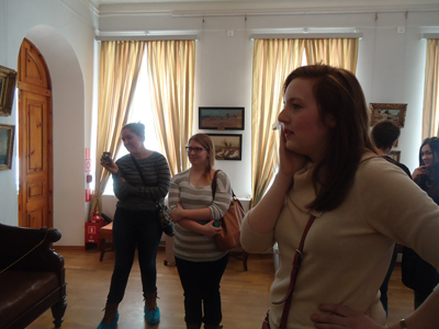 American guests admire the treasures of Murom museum